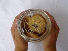 Blaubeercookies mit Ahornsirup im Glas