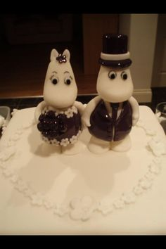 Moomins Wedding Cake