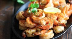 Sweet Lemon Shrimp - The easiest, most simple and flavorful shrimp marinated in a sweet and tangy lemon sauce Seafood Dishes, Seafood Recipes, Cooking Recipes, Healthy Recipes, Fish Recipes, Healthy Foods, Recipies, Tapas, Baked Shrimp