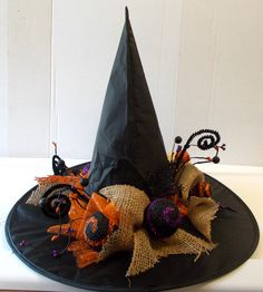 witches hat centerpiece | ... Purple Skull Skeleton Witch Hat Burlap Centerpiece Halloween Decor