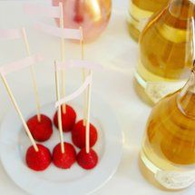 Create a Simple Champagne Reception - Project Wedding