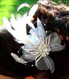 Vintage Feather Fascinator Headpiece IVORY Bridal Hair Accessories >>> Check this awesome product by going to the link at the image.