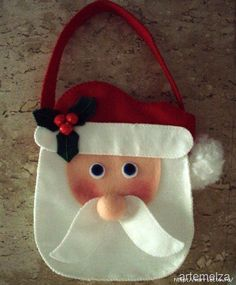 International Craft Patterns, (via Sew - Arts and Crafts: Santa Claus Handbag) Christmas Favors, Felt Christmas Decorations, Christmas Bags, Handmade Christmas, Christmas Holidays, Christmas Ornaments, Xmas, Christmas Stockings, Holiday Crafts