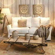Mi sofá, mi manta y mi catarro se entienden a las mil maravillas. Me niego a que sea lunes. #decoracion #sofá #manta #resfriado #catarro #lunes http://elmercadodemaria.com/comprar-sofas/