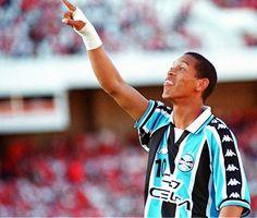 ONZE!FUTEBOL: Ronaldinho quer por que quer jogar no Grêmio!