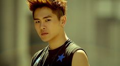 INFINITE's Hoya's Ankle Injury Is Worse Than It Seemed, Might Affect Participation in Concert