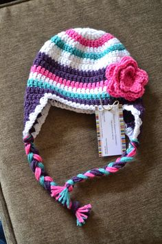 Crochet For Children: Super Bulky Striped Hat - Free Pattern Crochet Kids Hats, Crochet Beanie Hat, Crochet Cap, Cute Crochet, Crochet Crafts, Crochet Projects, Crocheted Hats, Kids Crochet Hats Free Pattern, Crochet Animal Hats