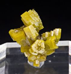 Pyromorphite | Geology Page
