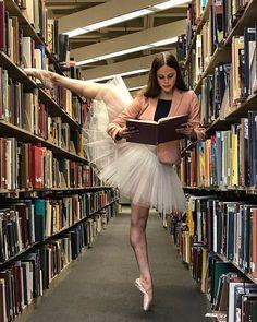 Bookworm. #dashawaldemer Dance Photos, My Photos, Ballerinas, Ballet Images, Killer Legs, Dance Art, Dance Photography, Human Anatomy, Long Legs