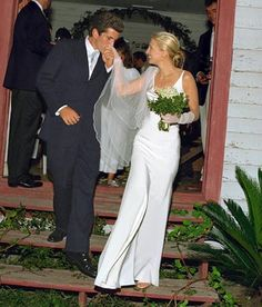 """Carolyn Bessette Kennedy, the""""it"""" girl of the 1990s embodied the simple yet classy look in the Narciso Rodriguez bias-cut silk sheath she wore in 1996 for her wedding to John F. Kennedy Jr. Description from ecosalon.com. I searched for this on bing.com/images"""