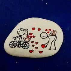 taş boyama hediyelikler.#elyapımı #kişiyeözel #taşboyama #taş #hediye .