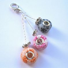 Love this charm, I have a lovely bookmark made by carol