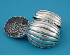 WILLIAM IV SILVER MELON FORM NUTMEG GRATER; M. Ford Creech Antiques