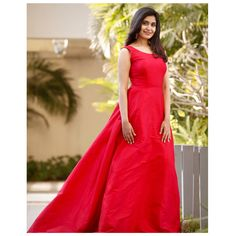 """""""There is a shade of red for every woman."""" Choose yours and stand out. Rent the best look only at www.rentanattire.com. . . . . . . . Do visit our website www.rentanattire.com or call us at 7722009477 #reddress #gownmoment #gownsonrent #dress #gowninspo #affordableoutfits #RAAforsustainablefashion #rentanattire #designerwear #rentingistrending #sustainablefashion #reduce #reuse #recycle #consumeless #onlinerenting #circularfashion #indianattire #rentweddingwear #rentbridalwear #rentweddinggo"""