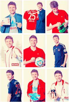 Thomas Müller, he's the cutest! Soccer World, Football Soccer, Football Players, Germany Football Team, God Of Football, Vive Le Sport, Philipp Lahm, German National Team, Thomas Muller