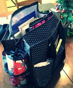 Thirty One Gifts New Zip Top Organizing Utility Tote Makes A Great Everyday I Love The Swiss Dot Pattern