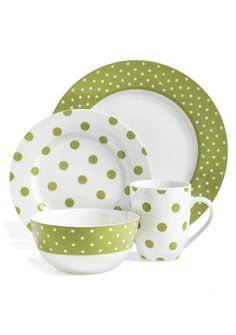 polka dot dinnerware set  http://rstyle.me/n/nwvw6pdpe