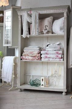 """Antique furniture shabby chic paint Shelf"""