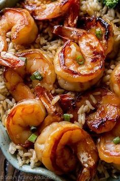 & Healthy Dinner: 20 Minute Honey Garlic Shrimp Easy, healthy, and on the table in about 20 minutes! Honey garlic shrimp recipe on Easy, healthy, and on the table in about 20 minutes! Honey garlic shrimp recipe on Garlic Recipes, Shrimp Recipes, Fish Recipes, Honey Shrimp, Garlic Shrimp, Fried Shrimp, Marinated Shrimp, Shrimp Tacos, Shrimp Pasta