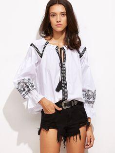 Blusa con bordado y cordón en cuello - blanco -Spanish SheIn(Sheinside)