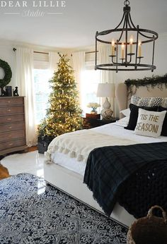 Good morning! Today is our final Christmas installment of the Seasons of Home Holiday Series hosted by Ella Claire! We are all excited to be sharing our Christmas bedrooms with you for this post. !function(d,s,id){var e, p = /^http:/.test(d.location) ? 'http' : 'https';if(!d.getElementById(id)) {e = d.createElement(s);e.id = id;e.src = p + '://' + 'widgets.rewardstyle.com' + '/js/shopthepost.js';d.body....