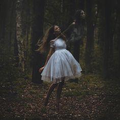 http://voiceofnature.tumblr.com/post/102694393801/darkbeautymag-photographer-karolina-swiatek