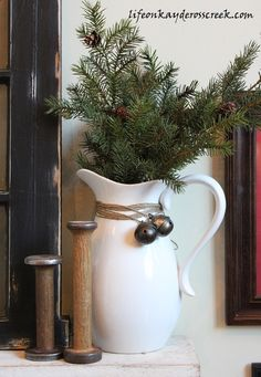 Great Room Rustic Christmas decor - Rustic Christmas - Life on Kaydeross Creek Bringing Christmas Home Tour 2015 - Welcome to our farmhouse Christmas Home Tour, with a bit of Rustic, Adirondack style. Farmhouse Christmas Decor, Primitive Christmas, Country Christmas, Christmas Home, Christmas Crafts, Christmas Island, Christmas Christmas, Christmas Vignette, Christmas Events