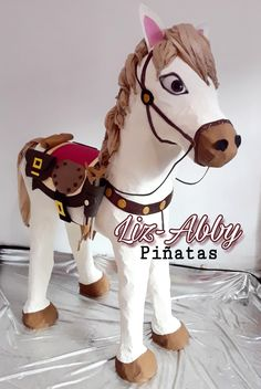 Piñata CABALLO para niño by Liz-Abby Piñatas Horse Pinata, Unicorn Pinata, Rodeo Party, Cowgirl Party, Tissue Flowers, Boy Baptism, Holidays And Events, Best Part Of Me, First Birthdays