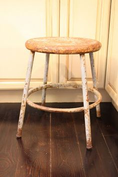 My Sweet Savannah: ~how I refinished my wood floors~