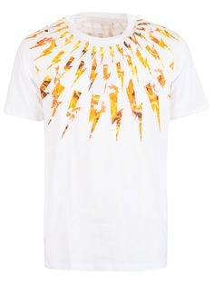 Shop Neil Barrett Thunder Print T-shirt and save up to EXPRESS international shipping! Neil Barrett, Thunder, Printer, Mens Tops, Cotton, T Shirt, Shopping, Orange, Products