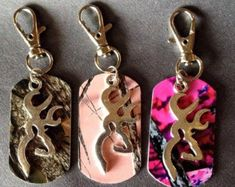 Items similar to Camo Buckmark Dogtag Charm Keychain! You Choose Color! Country Pride Deer Muddy Browning Chevy Ford Girl on Etsy Country Girl Life, Country Girl Truck, Muddy Girl Camo, Camo Purse, Camo Shoes, Country Girls Outfits, Camo Designs, Pink Camo, Women's Camo