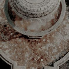 winter palace halamshiral Aro Volturi, Cinderella Aesthetic, Spirit Fanfic, Coffee Shop Aesthetic, Taylor Swift Music, Lady And The Tramp, Throne Of Glass, Greek Mythology, Roman Mythology