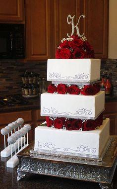 Square Tiered Wedding Cake with Roses & Babies Breath - Cake Decorating Dıy Ideen Wedding Cake Red, Funny Wedding Cakes, Floral Wedding Cakes, Wedding Cakes With Cupcakes, Wedding Cakes With Flowers, Wedding Cake Toppers, Red Square Wedding Cakes, Silhouette Cake, New Birthday Cake