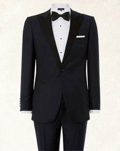 Midnight Blue Single Breasted Peak Lapel Dinner Suit