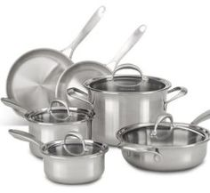 KitchenAid Experience the optimum heating of a layer of copper between 2 layers of aluminum and 2 outer layers of stainless steel with this 10 Piece 5 Ply Stainless Steel Cookware Set. Cast Iron Cookware, Cookware Set, Safest Cookware, Non Toxic Cookware, Pots And Pans Sets, Pan Set, Brushed Stainless Steel, Bakeware