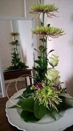 Art Floral, Floral Design, Ikebana, Flower Art, Floral Arrangements, Vase, Flowers, Plants, Contemporary Flower Arrangements
