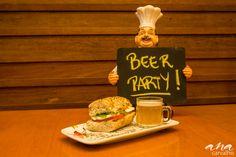Beer party para a sua festa, harmonização personalizada com cervejas artesanais. Buffet exclusivo mariana cyrne festeira. #marianacyrnefesteira #buffetdefesta #beerparty #buffetdefesta #decoracao #chadepanela #buffetwedding #partyideas