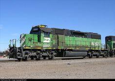 Net Photo: BN 6261 Burlington Northern Railroad EMD at Tulsa, Oklahoma by Keith Burlington Northern, Favorite Pastime, Model Trains, Santa Fe, Flags, North America, Tulsa Oklahoma, United States, Division