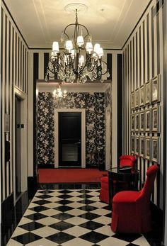 46 creative red home decor ideas for valentines day home decor for modern witches gothic decor bathtub Gothic Room, Gothic House, Gothic Living Rooms, Red Home Decor, Goth Home, Gothic Furniture, Antique Furniture, My Dream Home, Living Room Designs
