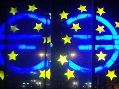 Euro fällt auf tiefsten Stand seit viereinhalb Jahren - Yahoo Nachrichten Deutschland