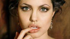 angelina Angelina Jolie Plastic Surgery #AngelinaJolie #celebritypost