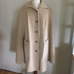 Pendleton cape Beautiful piece! In excellent condition no holes rips or stains Pendleton Jackets & Coats Capes