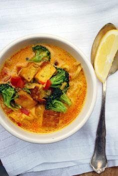 Tofu Hot Pot Tofu Curry, Thai Red Curry, Tofu Recipes, Healthy Recipes, Healthy Foods, Hot Pot, Vegan Vegetarian, Vegan Food, Chili