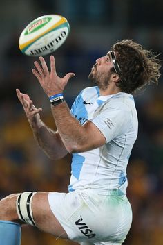 Juan Martin Fernandez Lobbe of Argentina catches the ball during the Rugby Championship match between the Australian Wallabies and Argentina at Skilled Park on September 15, 2012 on the Gold Coast, Australia.