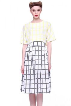 Yellow Short Sleeve Plaid Loose Top With Skirt pictures