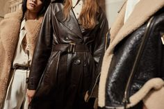 New In Women's Collection Kate Bosworth, France Mode, Red Leather, Leather Jacket, Catwalk Collection, Trench, Fall Winter, Autumn, Massimo Dutti
