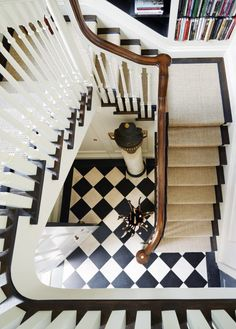 Checkerboard floors = the dream!!