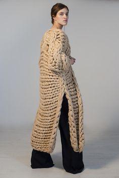 Secial SALE off. Soft bulky yarn knitwear Secial SALE off. Giant Knitting, Knitting Sweaters, Crochet Top Outfit, Big Yarn, Oversized Knit Cardigan, Big Knits, Chunky Knits, Bolero, Knitted Coat