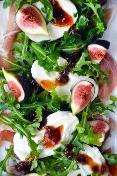 Salad with prosciutto,mozzarella  & figs