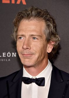 Ben Mendelsohn Photos Photos - Actor Ben Mendelsohn attends The Weinstein Company and Netflix Golden Globe Party, presented with DeLeon Tequila, Laura Mercier, Lindt Chocolate, Marie Claire and Hearts On Fire at The Beverly Hilton Hotel on January 10, 2016 in Beverly Hills, California. - The Weinstein Company and Netflix Golden Globe Party - Red Carpet